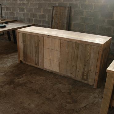 Badkamermeubelen op maat in gebruikt steigerhout 10