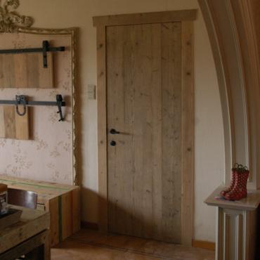 Binnendeur in gebruikt steigerhout 4