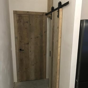 Binnendeur in gebruikt steigerhout, old barnwood, oude eik, ... 7