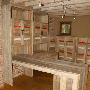 Bureau op maat in gebruikt steigerhout 1