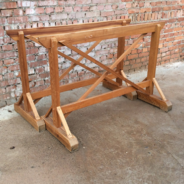 Oude houten schragen