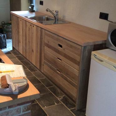 Keukens op maat in gebruikt steigerhout en accoya hout 3