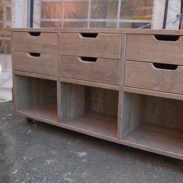 Dressoir 'keuken' in gebruikt steigerhout