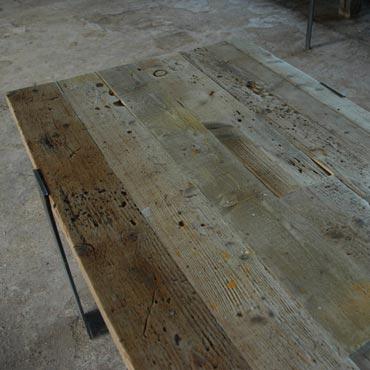 Tafel 'Slomet' in sloophout + metaal 1