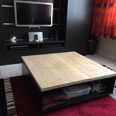 Tafelbladen in gebruikt steigerhout / wit spuiten onderstellen 4