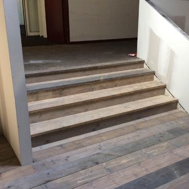 Trappen / traptreden in gebruikt steigerhout, ... 1