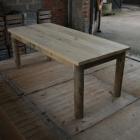 Tafel / Tuintafel 'Kasta' in kastanje hout