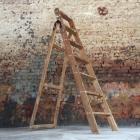 Oude houten ladder 158h x 48b