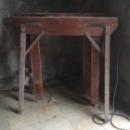 Oude verstelbare houten schragen 110h x 46d x 109b