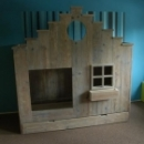 Stapelbed 'huisje' met lade in gebruikt steigerhout