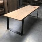 Industriele tafel SLOMET in oude eik