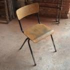 12 vintage schoolstoelen 'lb'