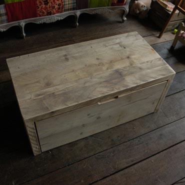 Uitgelezene Opberg bank in dik gebruikt steigerhout | Salontafels | Indoor BP-34